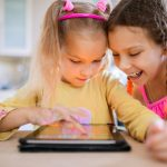 Nenes mirant tablet